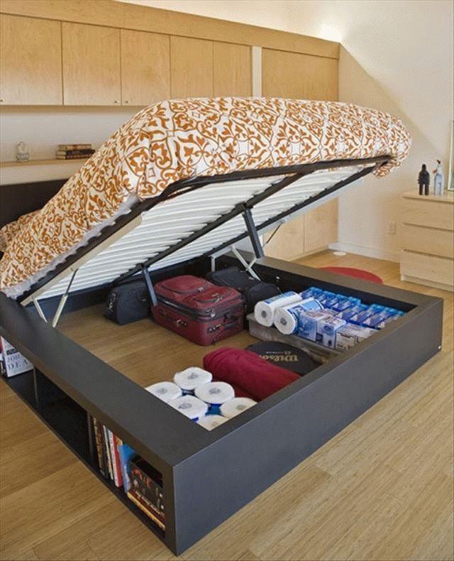 Как поддерживать порядок в доме кровать-шкаф